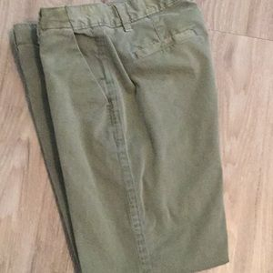Gap chino pants Like New condition !